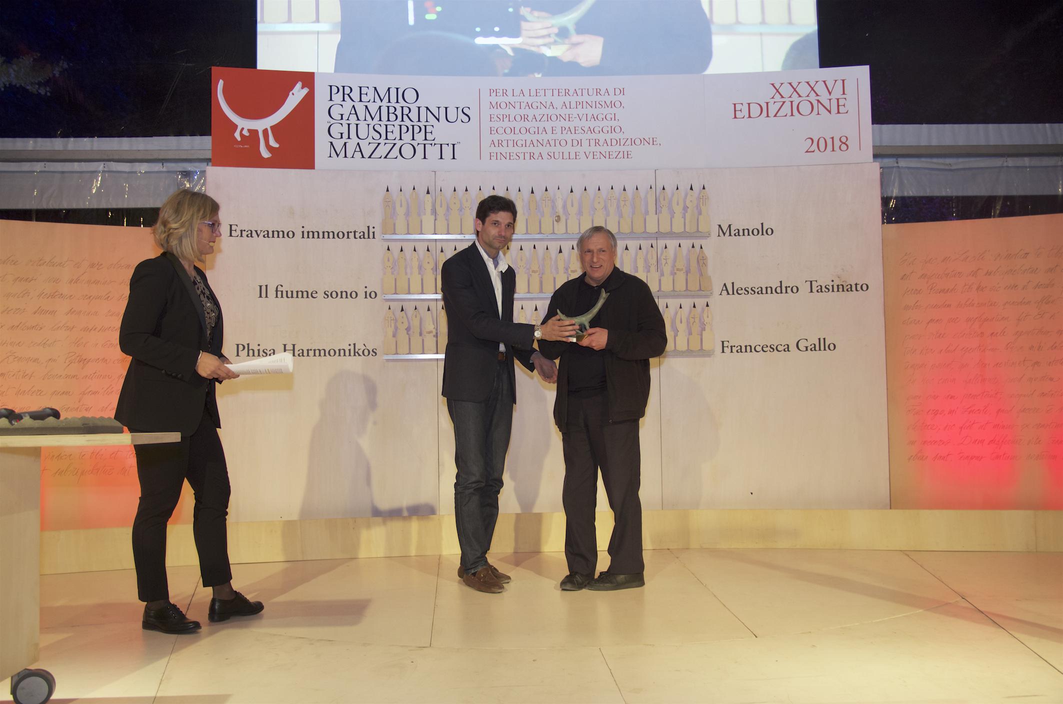 Valcucine premia Don Luigi Ciotti